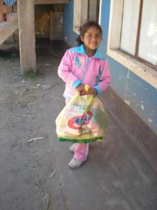 Distribution de nourriture pour Karina